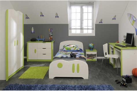 cuisine verte anis davaus chambre garcon gris et vert avec des idées