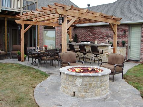 Backyard Fireplace Ideas by 66 Pit And Outdoor Fireplace Ideas Diy Network