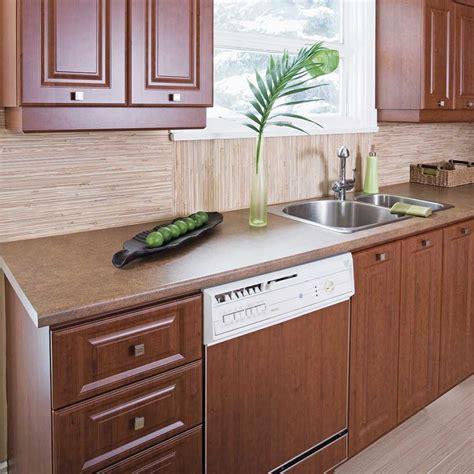 autocollant pour armoire de cuisine poser du placage autoadhésif pour transformer la mélamine