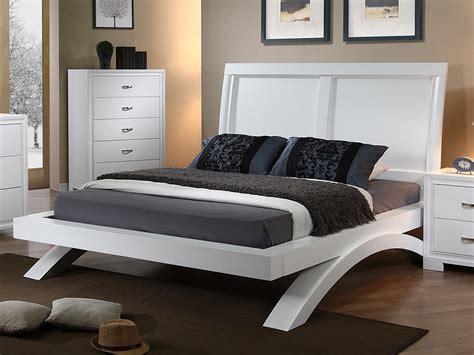 White Full Size Bedroom Sets