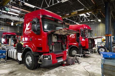 renault trucks bourg en bresse renault trucks cr 233 e un atelier pour la transformation des vo l argus pro