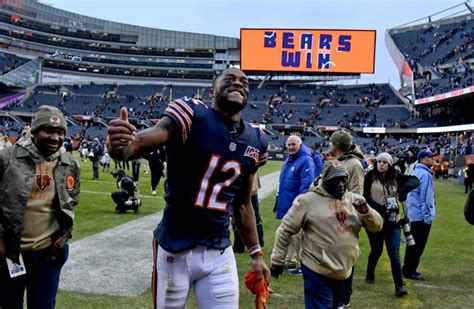 Robinson deletes Bears from social media, incites ...