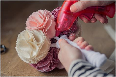 how to make posies diy tutorial how to make fabric bridesmaid posies want that wedding a uk wedding