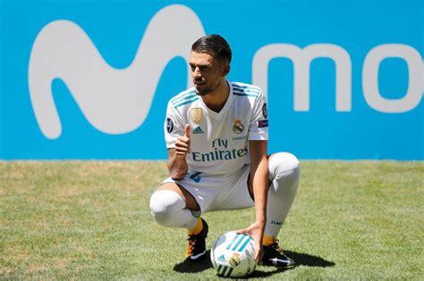 Futbola | SportsFeedy