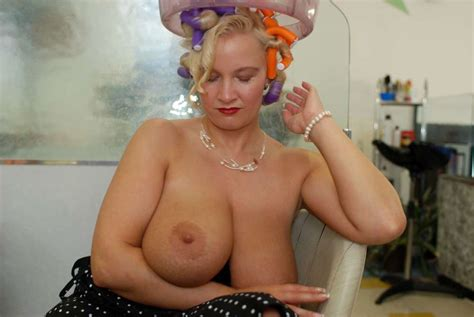 sabrina meloni and her huge boobs friends big tits news