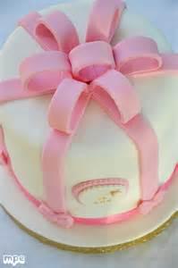 baby shower cake cake design gâteau d anniversaire en pâte à sucre 30