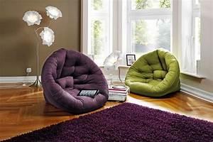 comment rafraichir l39interieur grace au tapis violet 23 photos With tapis chambre bébé avec plante a fleur d intérieur