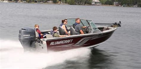 Alumacraft Boat Dealers Iowa by 2013 Alumacraft Trophy 175 Buyers Guide Boattest Ca