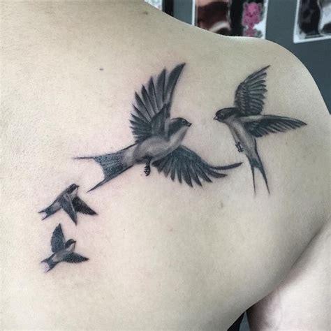 tatouage hirondelle signification tatouage hirondelle pour r 234 veurs mod 232 les et significations