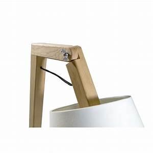 Lampe Sur Pied En Bois : lampe sur pied design scandinave en bois oud s sign e bellila ~ Dailycaller-alerts.com Idées de Décoration