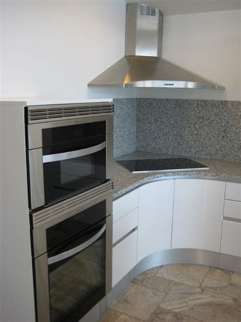 CONTEMPORARY CORNER WALL HOOD   Modern   Kitchen   San