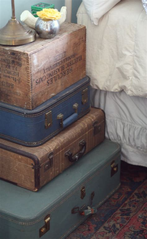 Suitcase Nightstand by Diy Decor Stacked Vintage Suitcase Nightstand 17 Apart