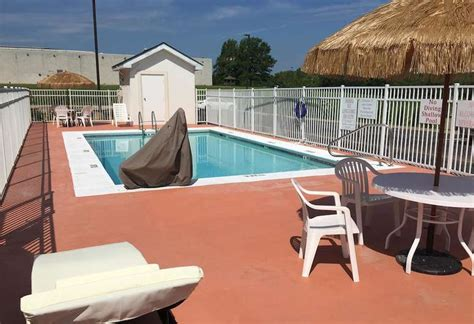 Motel 6 montgomery airport is located within 5 miles of montgomery regional airport, and golf center. Book Motel 6 Montgomery, AL - Airport in Montgomery ...