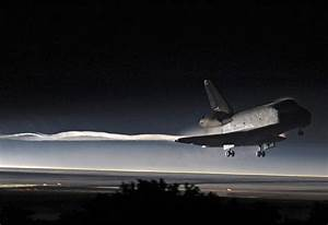 Last landing of a Space Shuttle ever - totallycoolpix.com