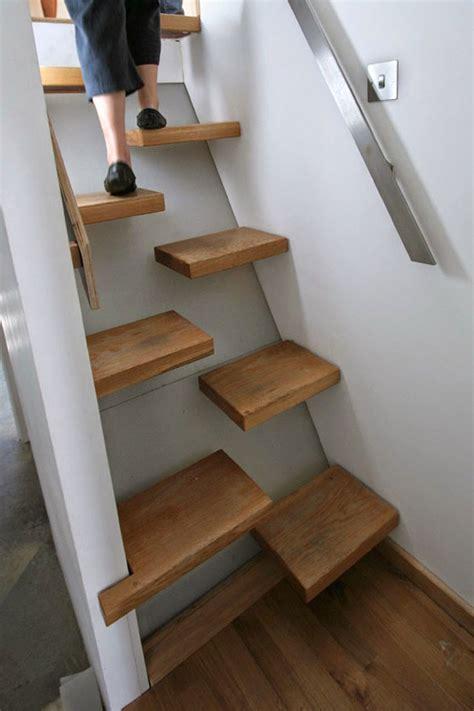estas  escaleras geniales  sera fastidioso subir al segundo piso difundirorg