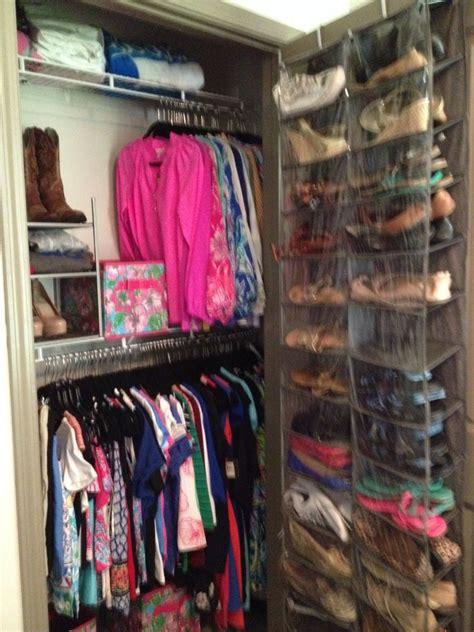College Closet Organization Ideas by Of Kentucky Woodland Glen Lll Closet With