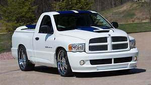 2005 Dodge Ram Srt