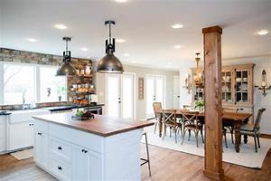 Fixer Upper Küche : fixer upper country style in a very small town lighting ideas pinterest wohnen ~ Markanthonyermac.com Haus und Dekorationen