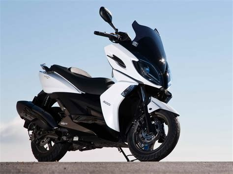 Modification Kymco K Xct 200i by Kυμco τιμεσ 2017 Scooternet