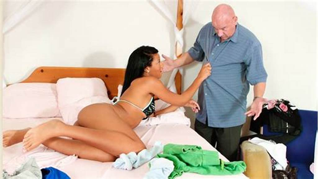 #Exotic #Step #Daughter #Prefers #White #Daddy'S #Cock