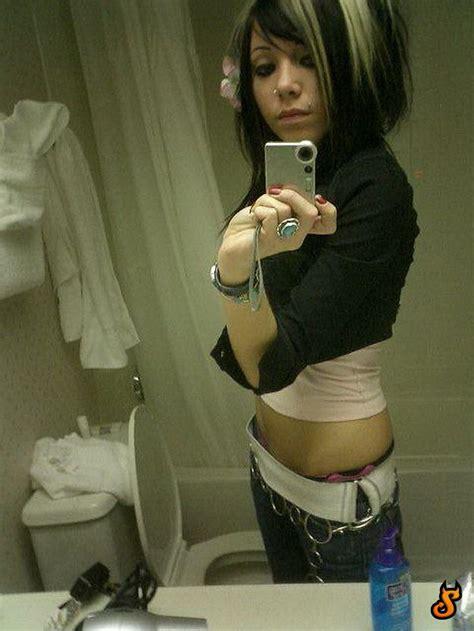 emo girls appeal   pics izismilecom