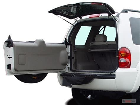 image  jeep liberty  door limited wd trunk size