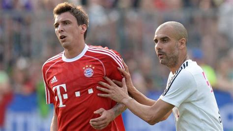Pep guardiola has been the manchester city manager since the start of the 2016/17 campaign. FC Bayern München: Pep Guardiola lobt Mario Mandzukic | FC ...
