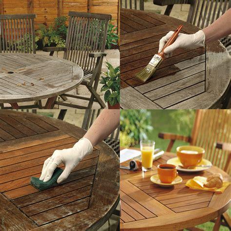 clean  restore garden furniture