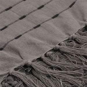 Plaid Canapé Gris : plaid en coton 220 cm natura gris jet de canap eminza ~ Teatrodelosmanantiales.com Idées de Décoration