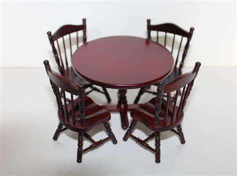 mahogany table and 4 chairs