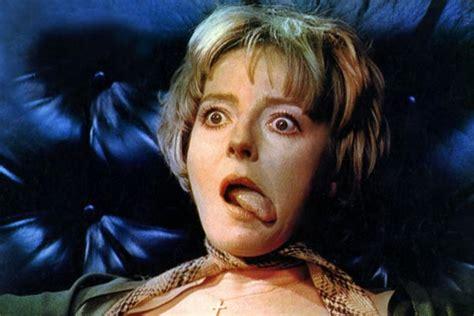Leigh-Hunt  nackt Barbara Frenzy (1972)