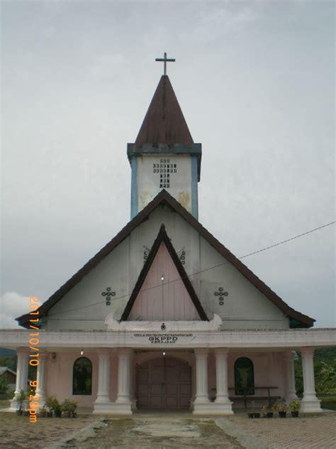gereja kristen protestan pakpak dairi gkppd  churches