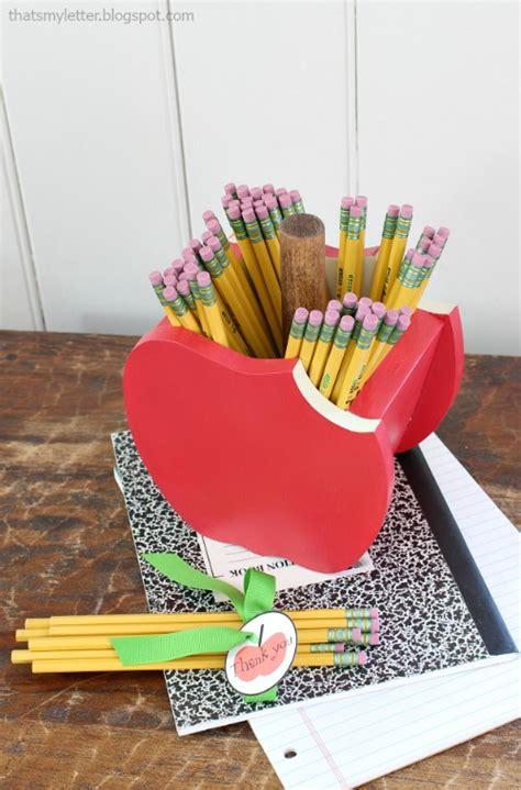 diy apple pencil holder pretty handy girl