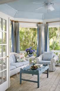 25 coastal and inspired sunroom design ideas digsdigs - Shabby Chic Livingroom