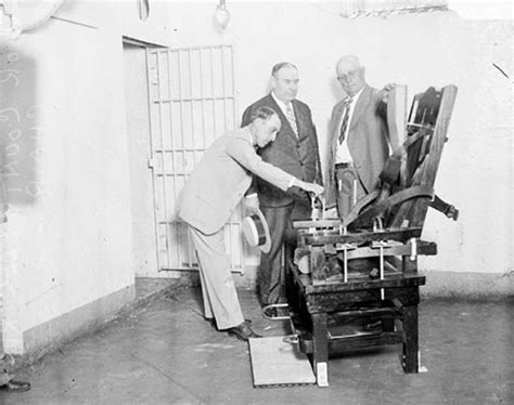 execution en direct chaise electrique chaise électrique histoire de invention dinosoria