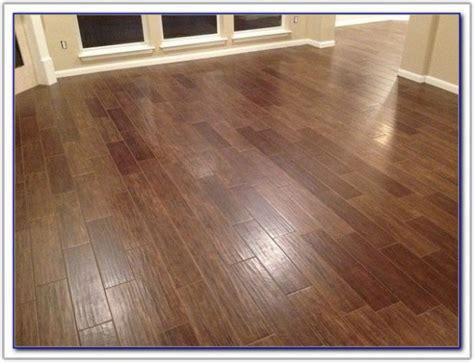 ceramic tile and hardwood together ceramic tile that looks like hardwood flooring tiles home design ideas qj1pzoady2
