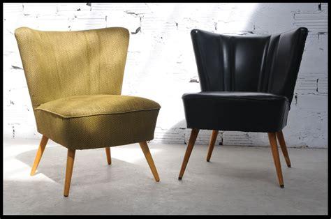 canapé en velours mobilier vintage meubles vintage ées 50 et 70 meuble