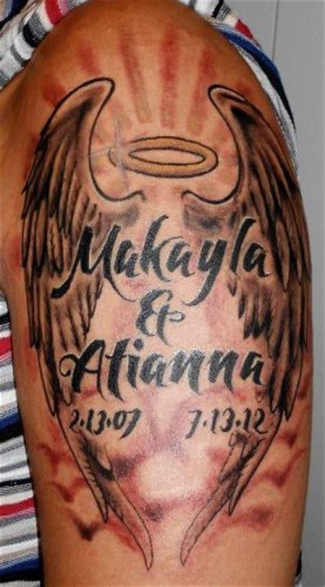 tatouage dailes avec prenom   de naissance rip sur