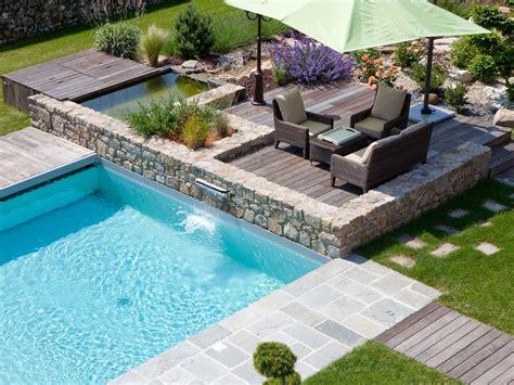 piscine bois avec escalier integre la piscine paysag 233 e par l esprit piscine piscine 6 x 5 m rev 234 tement gris clair escalier d