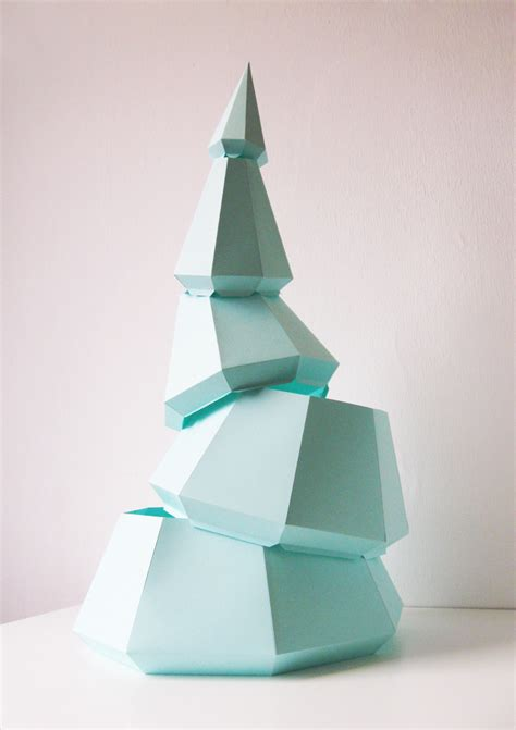 sustainable diy christmas tree assembli