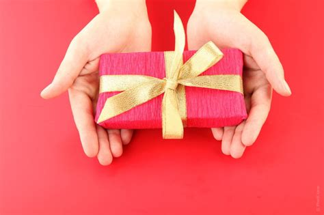 Surprise Someone With Gifts By Interest
