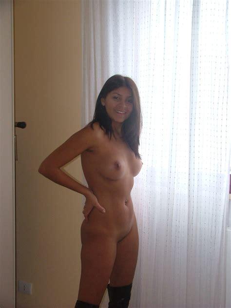 Sexy Amateur Latina Wife Having Some Fun Sexmenu