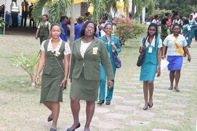 shortwood teachers college choosing  career path