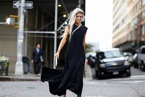 Black Black Black  20 New Spring Street Style Looks That