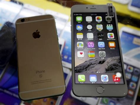 iphone 6 in stores china s apple stores thrive ahead of iphone 6s 1379