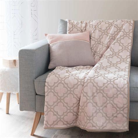 plaid canapé maison du monde plaid rosa 150 x 200 cm leslie maisons du monde