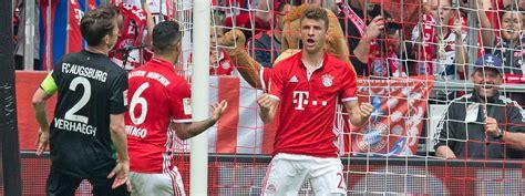 Bayern Schiesst Augburg Aus Der Allianz Arena Das