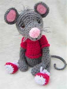 Mouse Toy Crochet Pattern