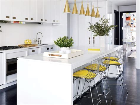 Update Your Kitchen With Color Kitchen Design Ideas 10x10 Designs With Island Counter Hafele Tables French Kitchens Living And Minimalist