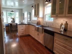 Antique White Kitchen Cabinets with Quartz Countertops